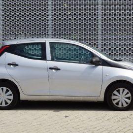 Toyota Aygo 1.0vvti x-fun 53kW AIRCO+BLUETOOTH (ZV-221-S)