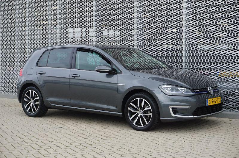 Volkswagen Golf 35.8kWh ev e-golf e-dition 19 100kW aut (G-942-TX)